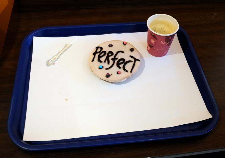 Koffie met koek. (C) Ronald Puma 055
