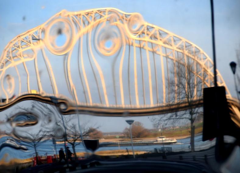 PIC_0047.B.Waalbrug Nijmegen (C) ronaldpuma.nl