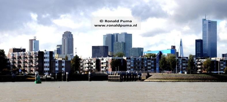 4.1500 Skyline Rotterdam (C) Ronald Puma