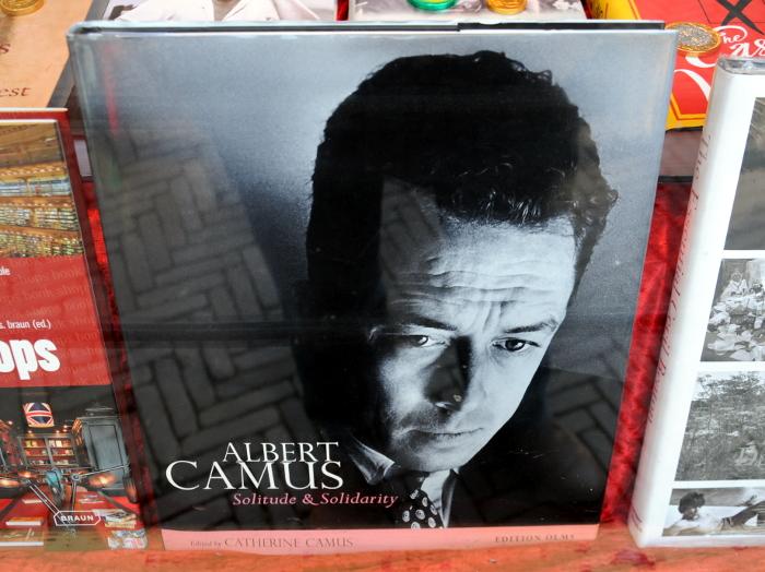 Albert Camus (C) Ronald Puma