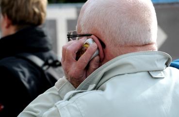 Phone (C) Ronald Puma 0250.700