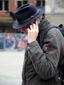 Phones (C) Ronald Puma 034
