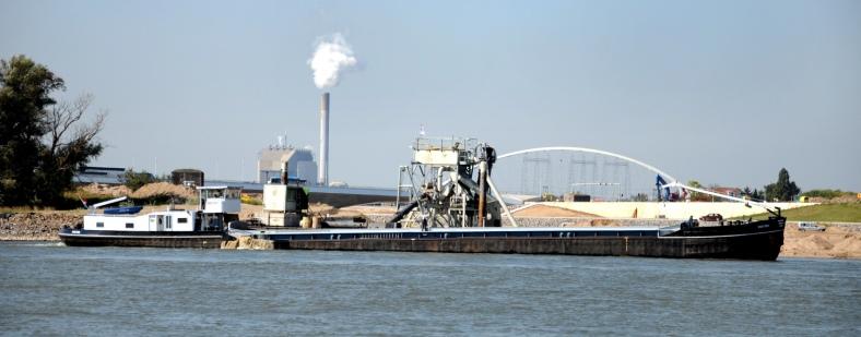 PIC_0018.nevengeul Nijmegen. (C) Ronald Puma