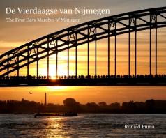 Info: http://www.ronaldpuma.nl/boeken-books_6737_1.html