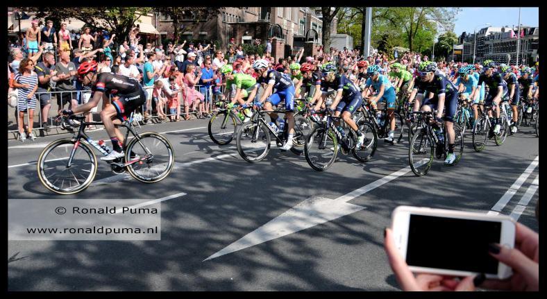 Giro d'Italia 2016 (C) Ronald Puma 01