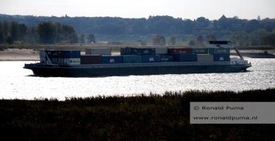 Containerschip.
