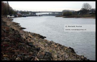 De Rijn bij Arnhem.
