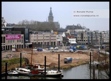 De Waalkade in Nijmegen wordt geheel gerenoveerd.