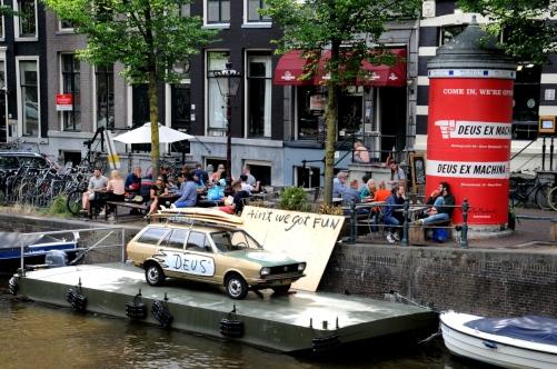 Café Deus Ex Machina Herengracht 88 Amsterdam.