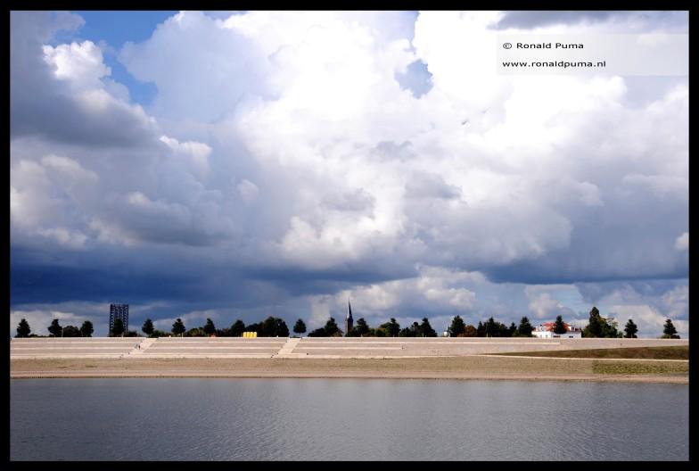 07.09.2019. (16.30 uur). Een bui ten noorden van Nijmegen Netherlands.
