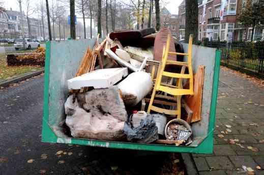 Geen recycling in de wegwerpmaatschappij.