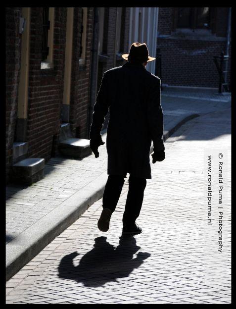 Man in de straat.